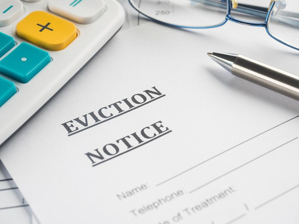 Stopping Eviction and Curing Rent Default in Bankruptcy